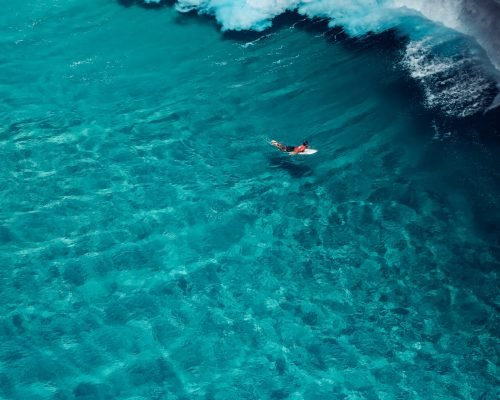 quiksilver-and-roxy-pro-snapper-rocks-aerial