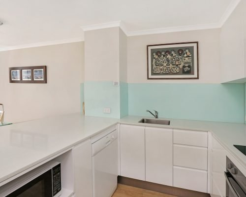 the-bay-apartments-coolangatta-12